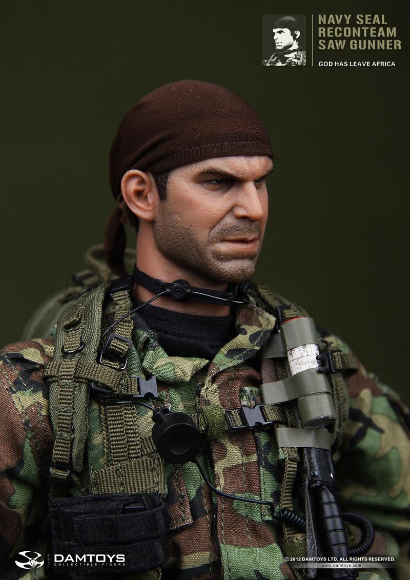 NAVY-SEAL-Reconteam-SAW-Gunner_04