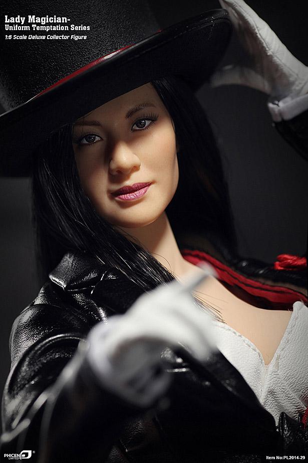 ph0-Lady-Magician04