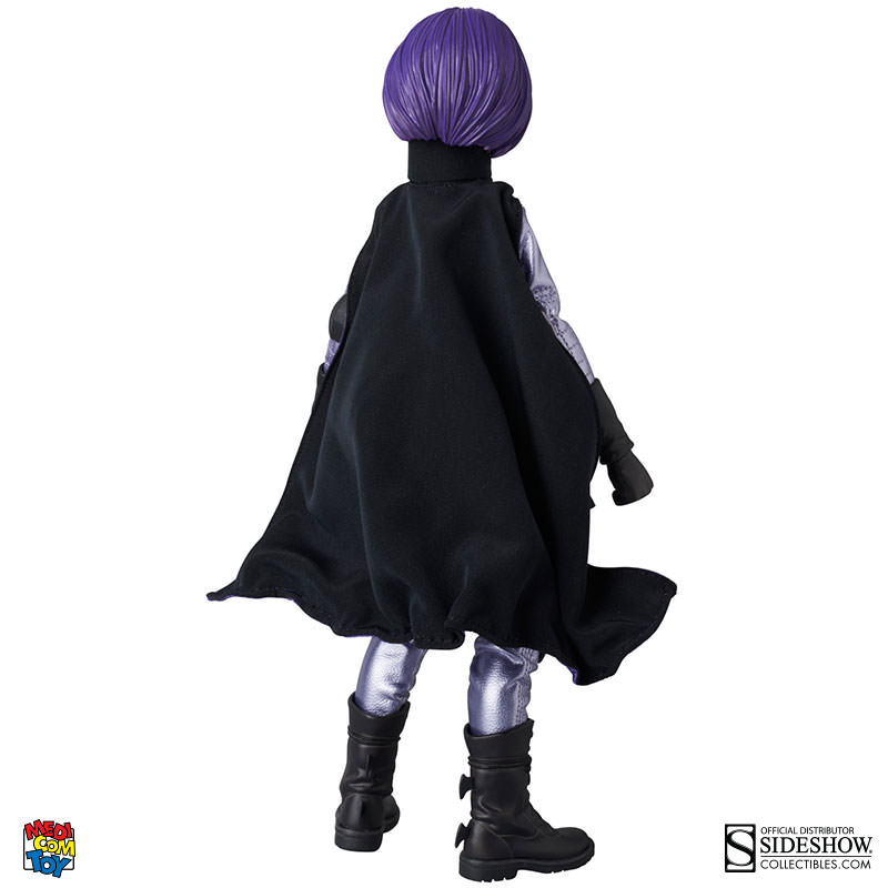 medi--hit-girl-002