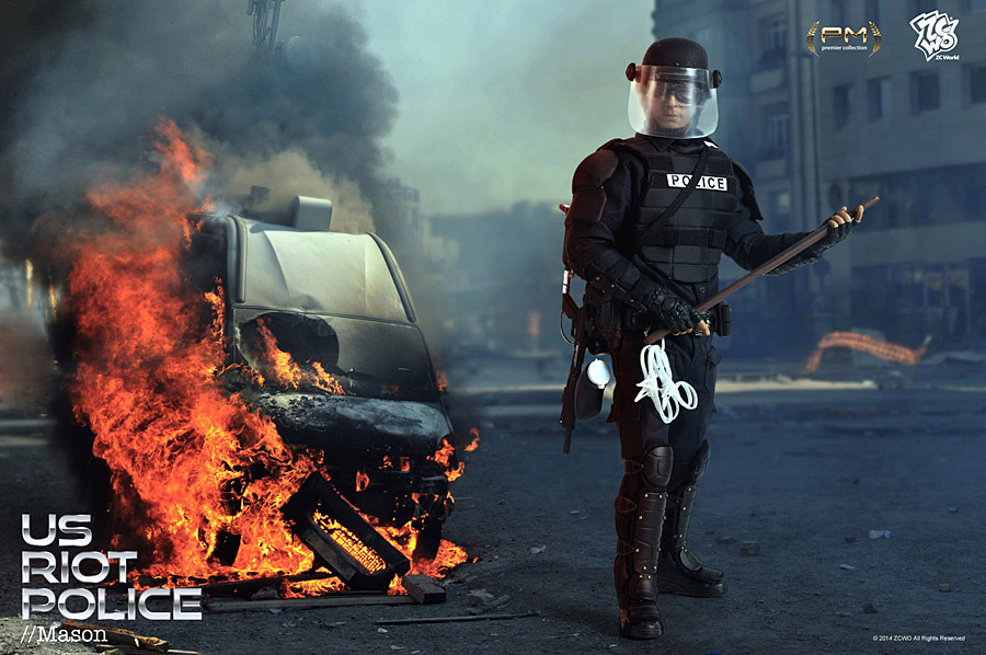 zcwo-riotpolice1