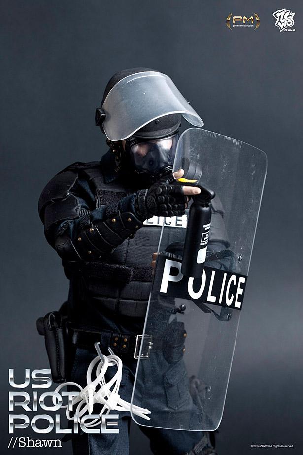 zcwo-riotpolice4