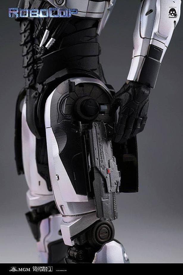 tz-robocop-05