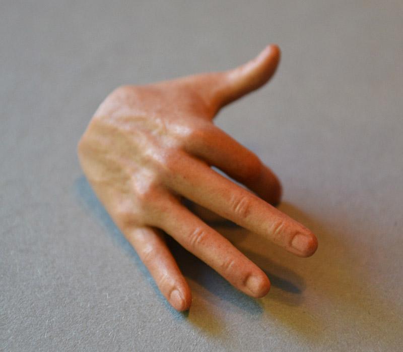 ht-robocop-murphy-hands2