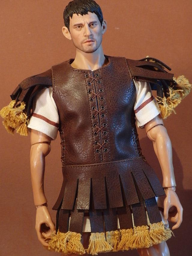 kp-lucius-costume-01