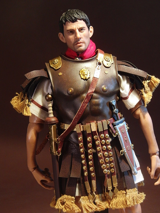 kp-lucius-costume-02