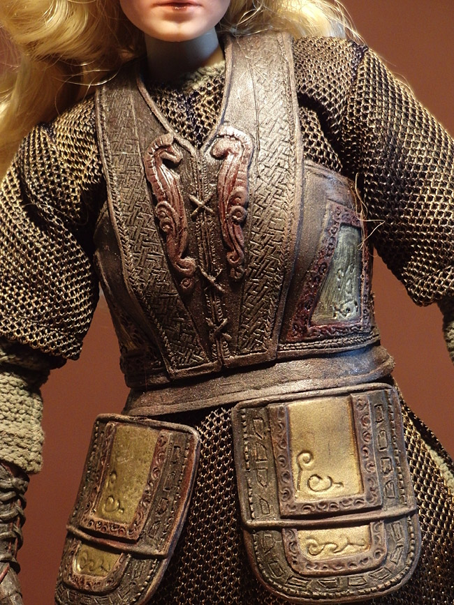 asmus-eowyn-outfit01
