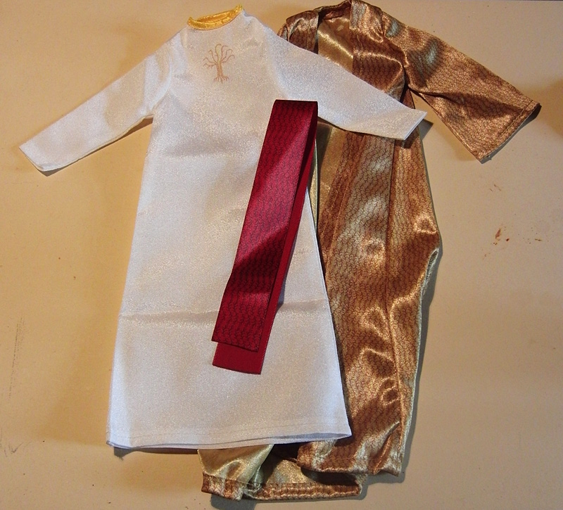 mivi-jesus-outfit1