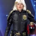af-female-cop00