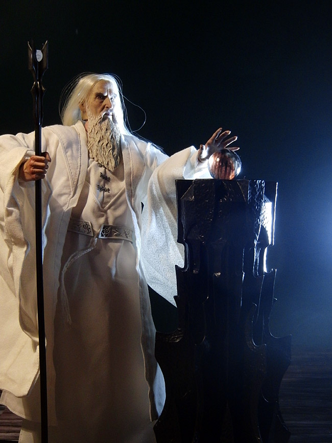 asm-saruman-pose3