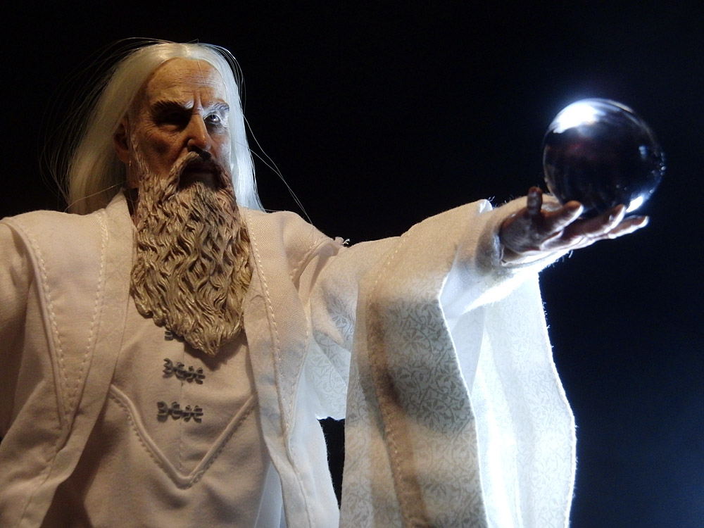 asm-saruman-pose6