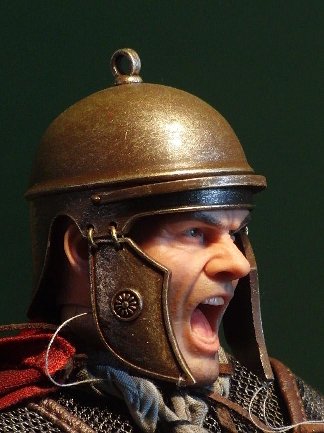 aci-titus-helm1