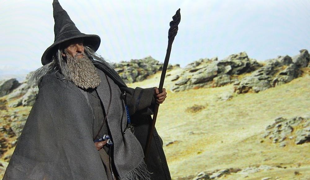 asmus-gandalf-backdrop8