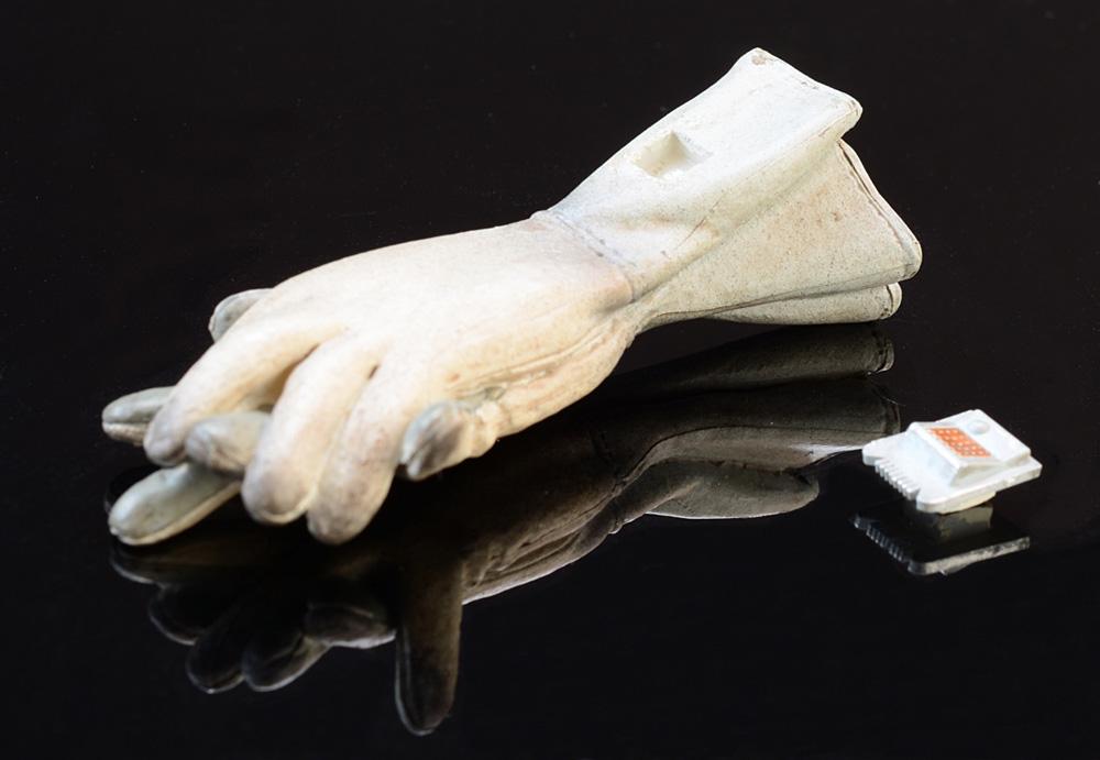ssc-009_Handschuhe-defekt