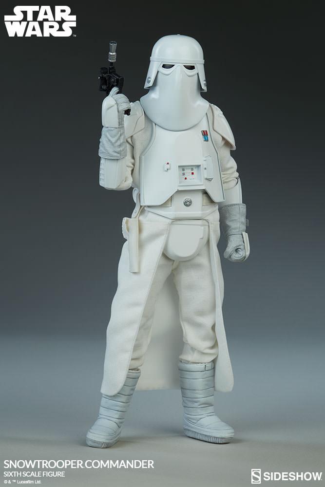star-wars-snowtrooper-commander-sixth-scale-100409-03