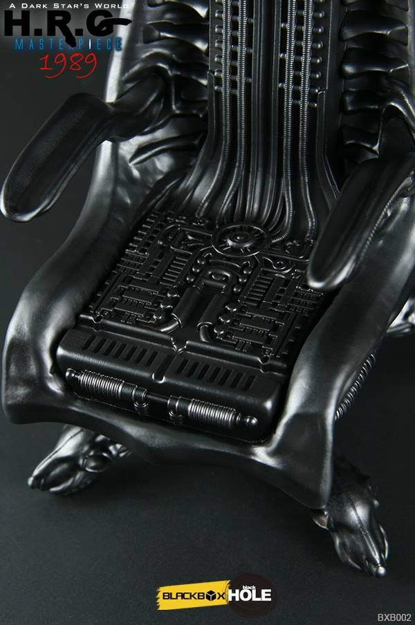 bb-giger-chair17