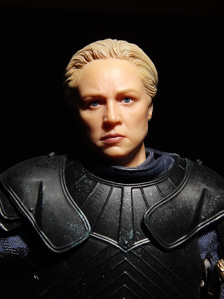 tz-brienne-head02