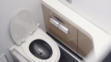 TWT-Toilet00